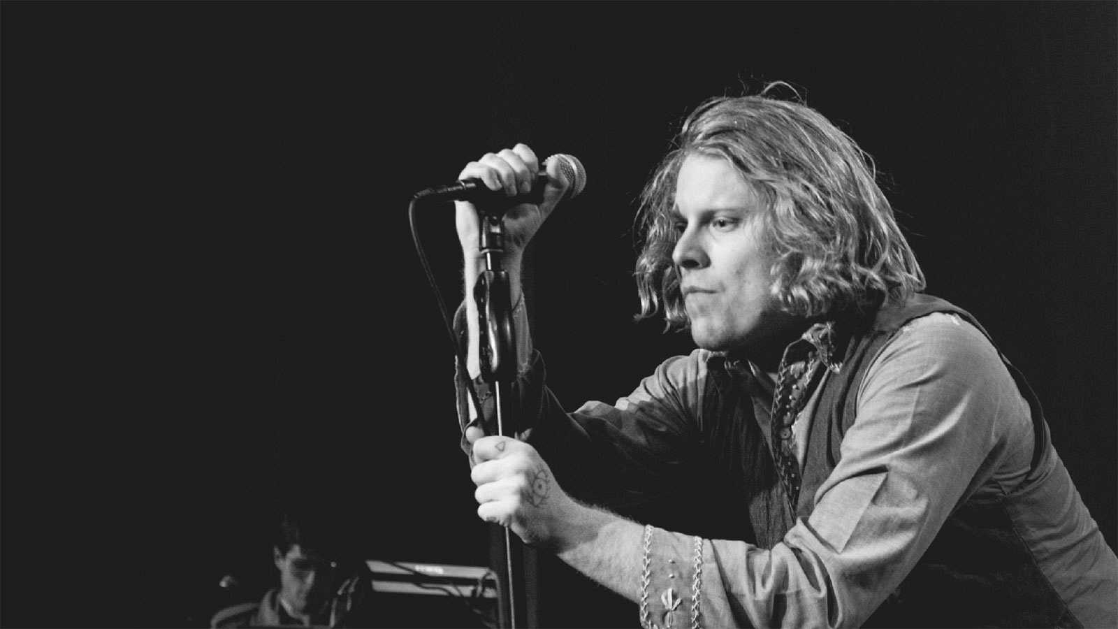 Na Na Na - Ty Segall, The Strokes y Cigarettes After Sex - 17/12/18 - escuchar ahora