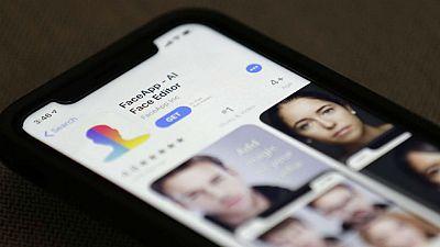 La aplicación FaceApp no ofrece ninguna garantía para el usuario - Escuchar ahora