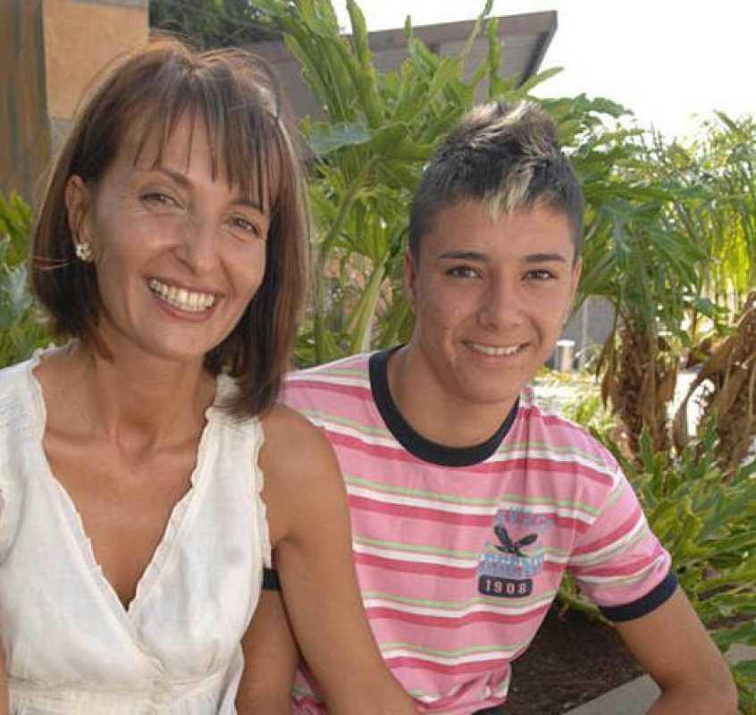 Antoaneta Stanimirova, madre de Martín Mario Kozhuharov, jugador del Cadete A del Real Madrid
