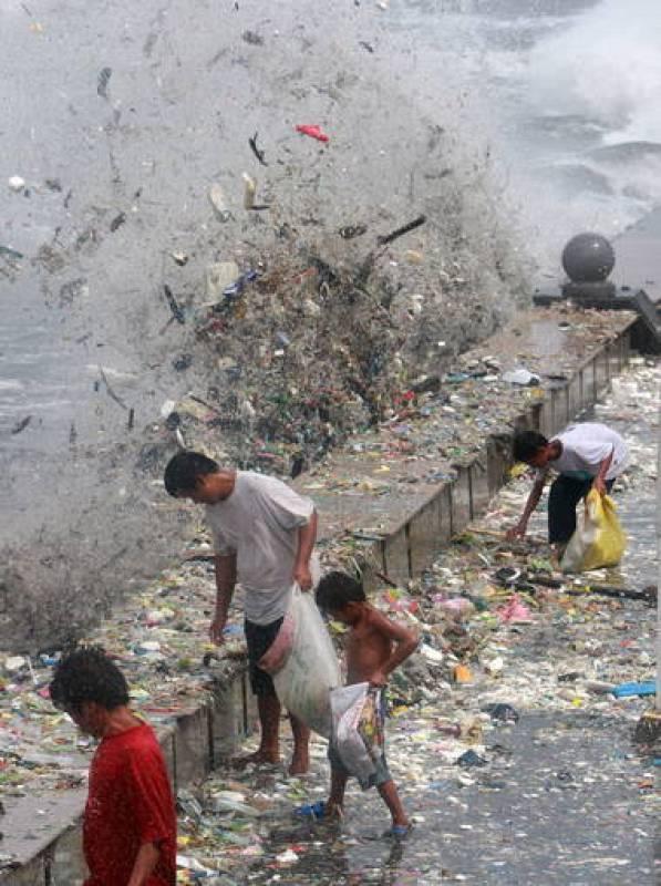 FUERTES TORMENTAS EN FILIPINAS