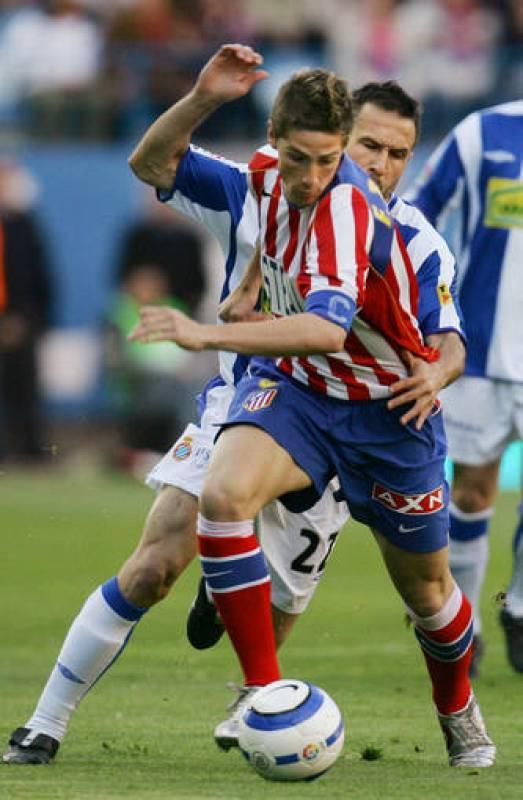 En el Athletico Madrid, Torres debutó muy joven para devolver al equipo a Primera en su segundo año en el 'infierno'