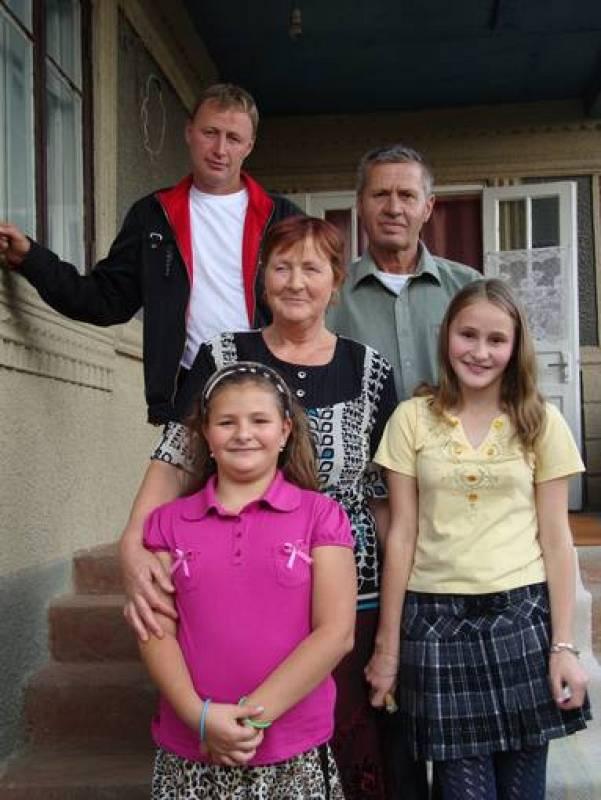 Un cuarto de la población moldava emigra en busca de un trabajo, lo que ha cambiado la composición de las familias, que en su mayoría se componen de niños y jubilados.
