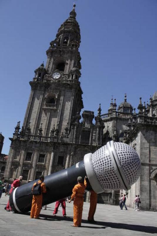 ESCOITAR-ORG Macrófono en Santiago de Compostela