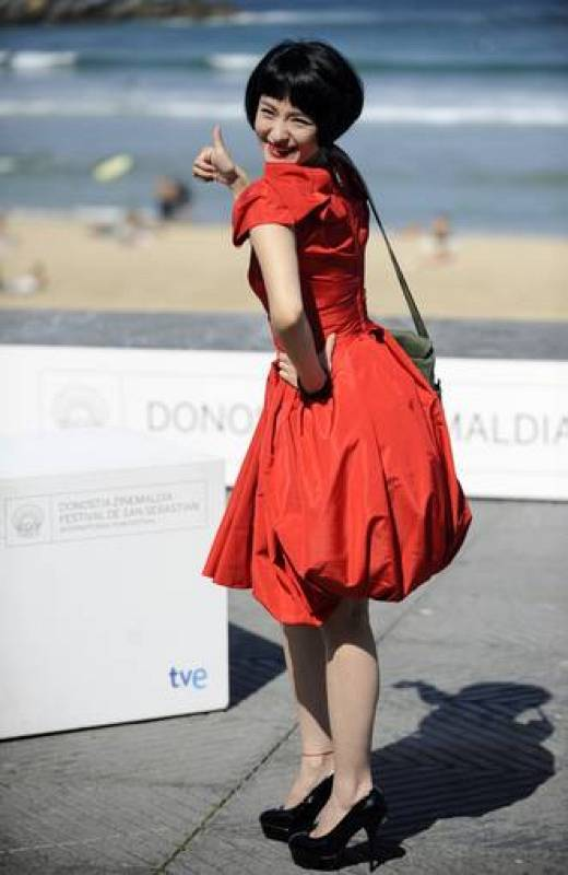 La actriz Ju Ze, durante el pase gráfico de la película '11 Flowers'