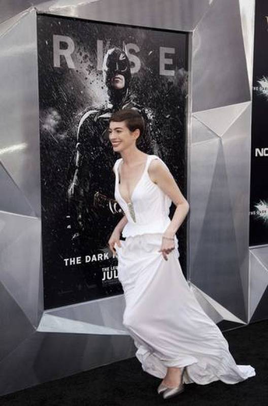 Anne Hathaway en la alfombra roja