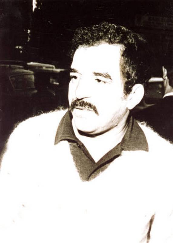 Gabriel García Márquez publico en 1967  'Cien años de soledad', premio Rómulo Gallegos en 1972