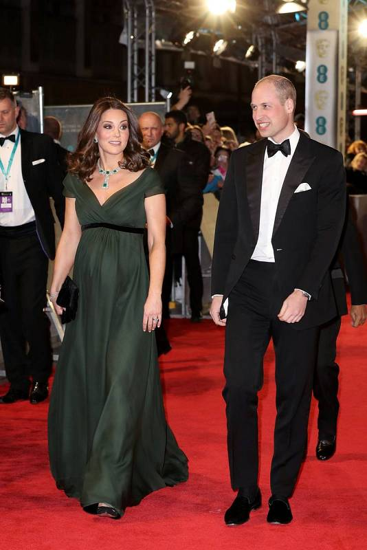 El príncipe William, Duque de Cambridge, y Catherine, duquesa de Cambridge, llegan a la gala de los Bafta