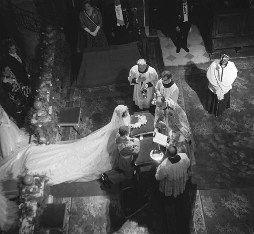 Vista general de la boda del Príncipe Juan Carlos con Sofía de Grecia en 1962 en Atenas