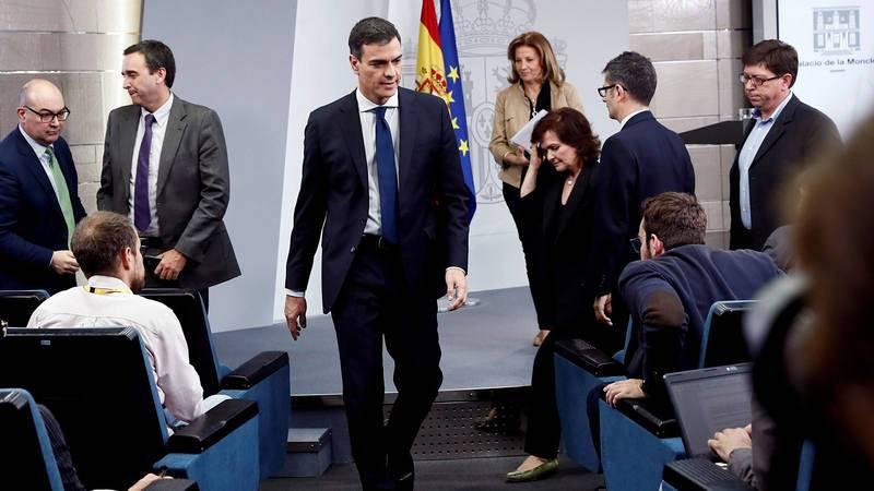 Pedro Sánchez presenta el gobierno con más mujeres del a historia de España