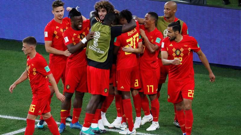 Bélgica se lleva el 'liderato envenenado' ante Inglaterra