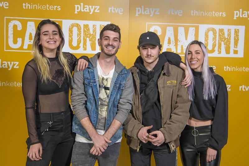 Ana Linares, Anton Lofer, Pau Clavero y Giovanna Bravar en la presentación de 'Cam On'.