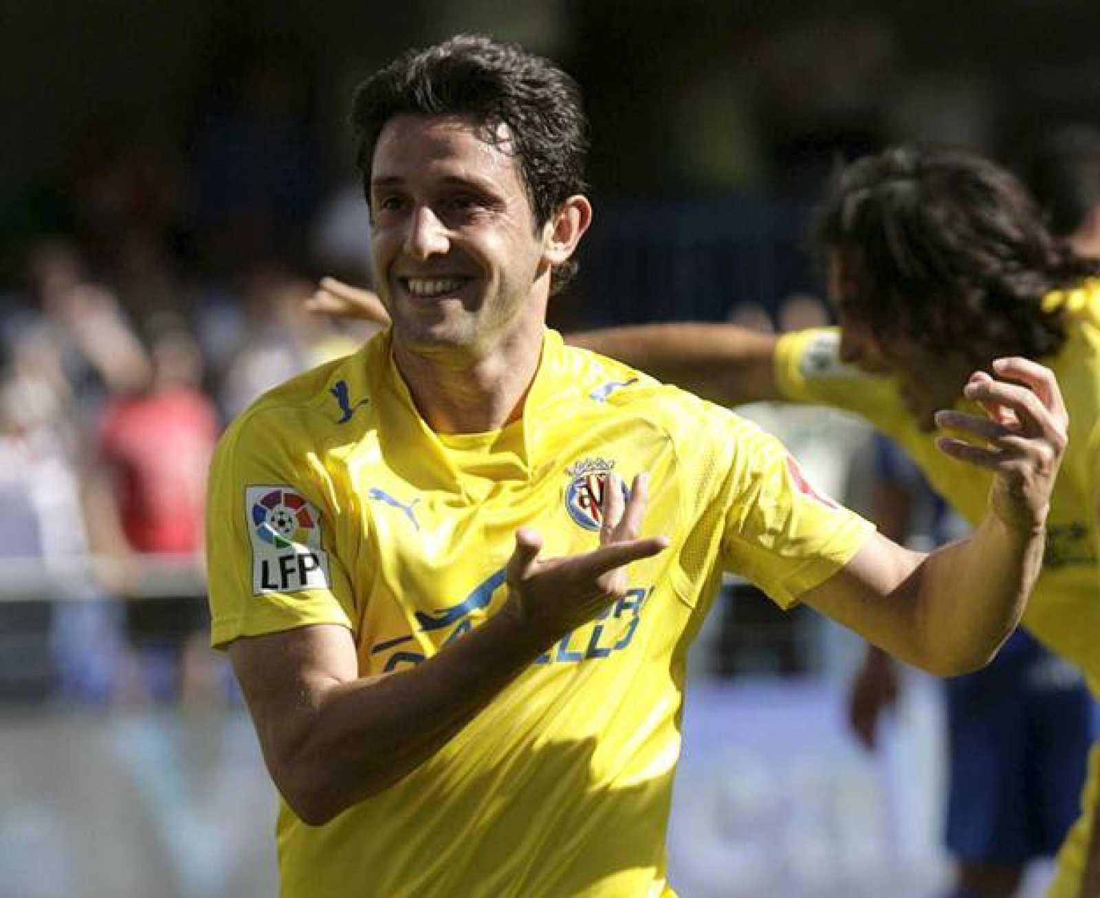 El delantero del Villarreal, Nihat Kahveci, ha anotado dos goles ante el Getafe.