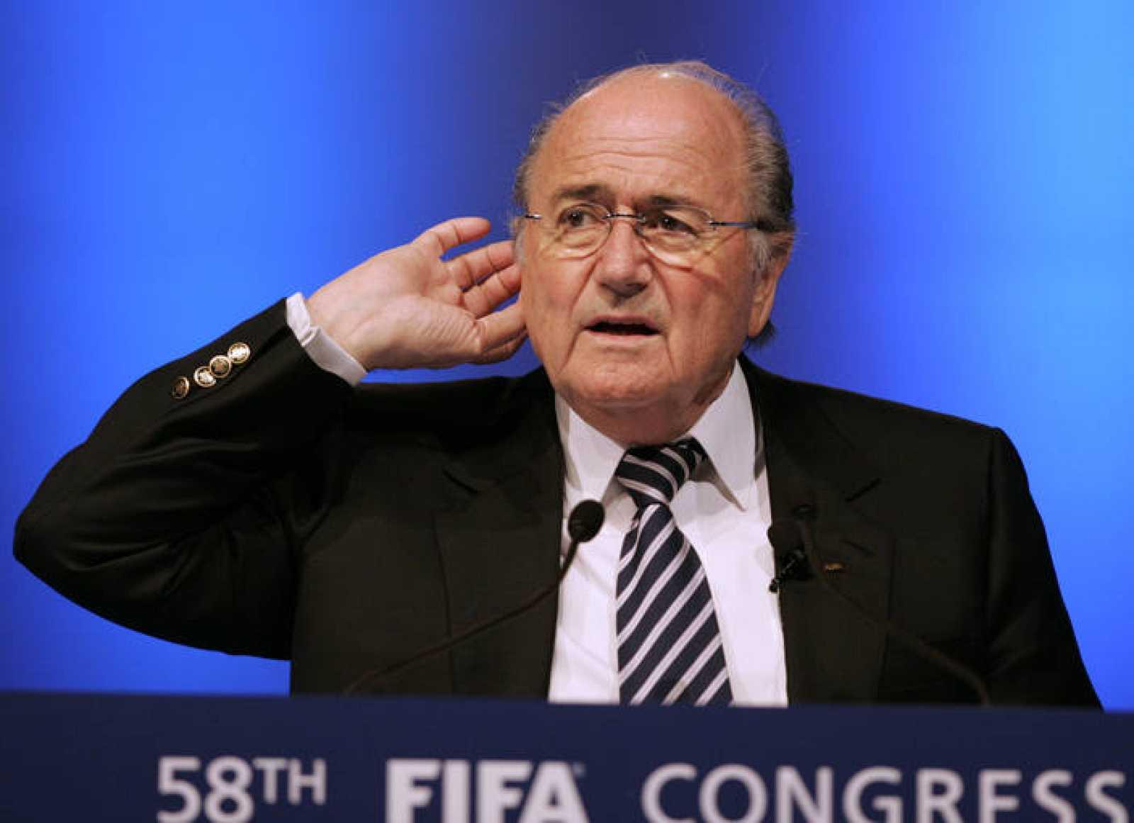 Blatter, atento al congreso