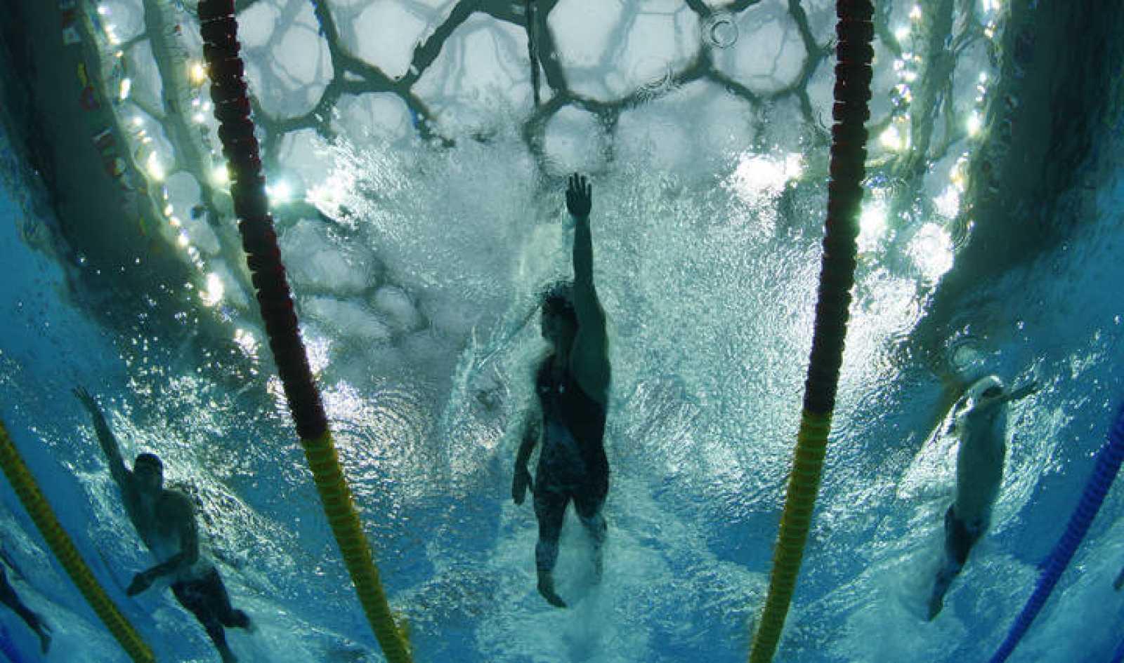 Primer oro para Phelps