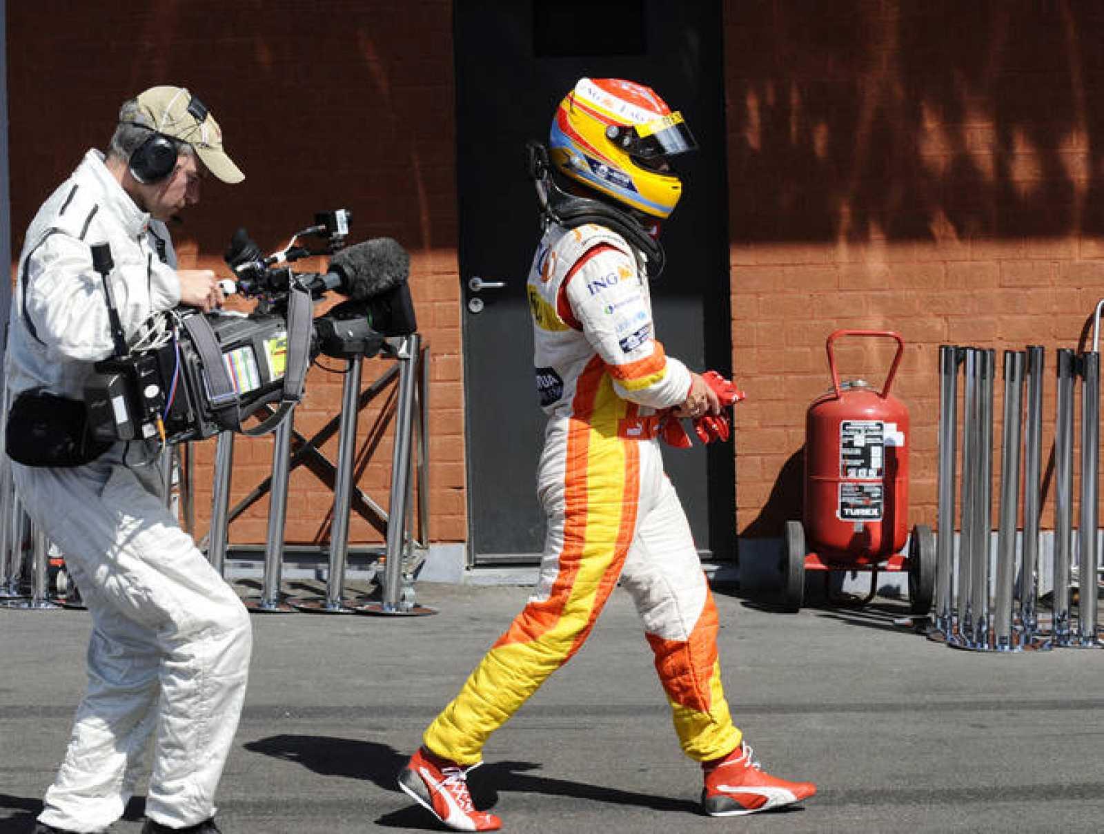 La mala suerte se ha vuelto a cebar con Fernando Alonso en el circuito de Spa.