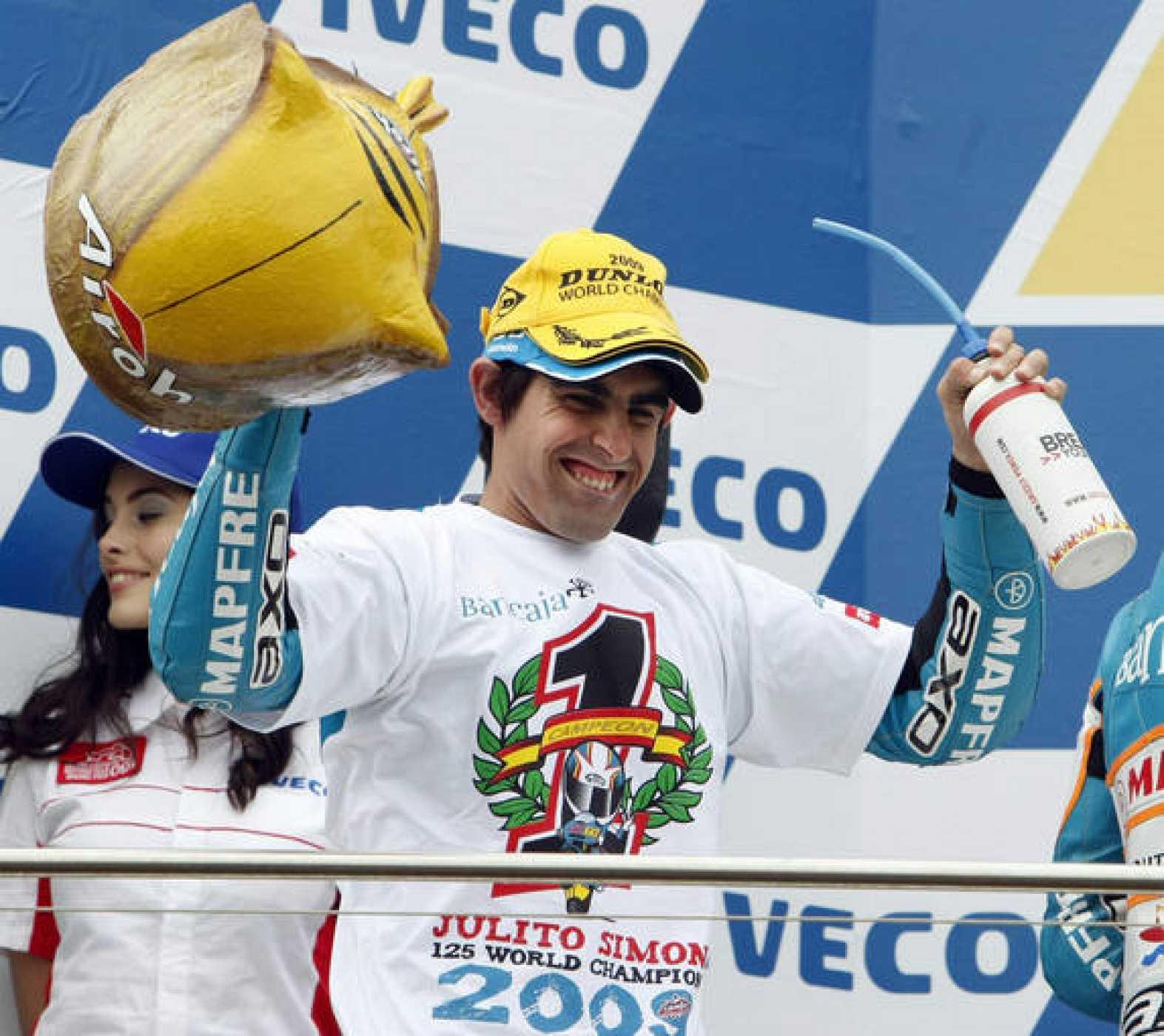 Julián Simon ganó en Phillip Island su primer título mundial.