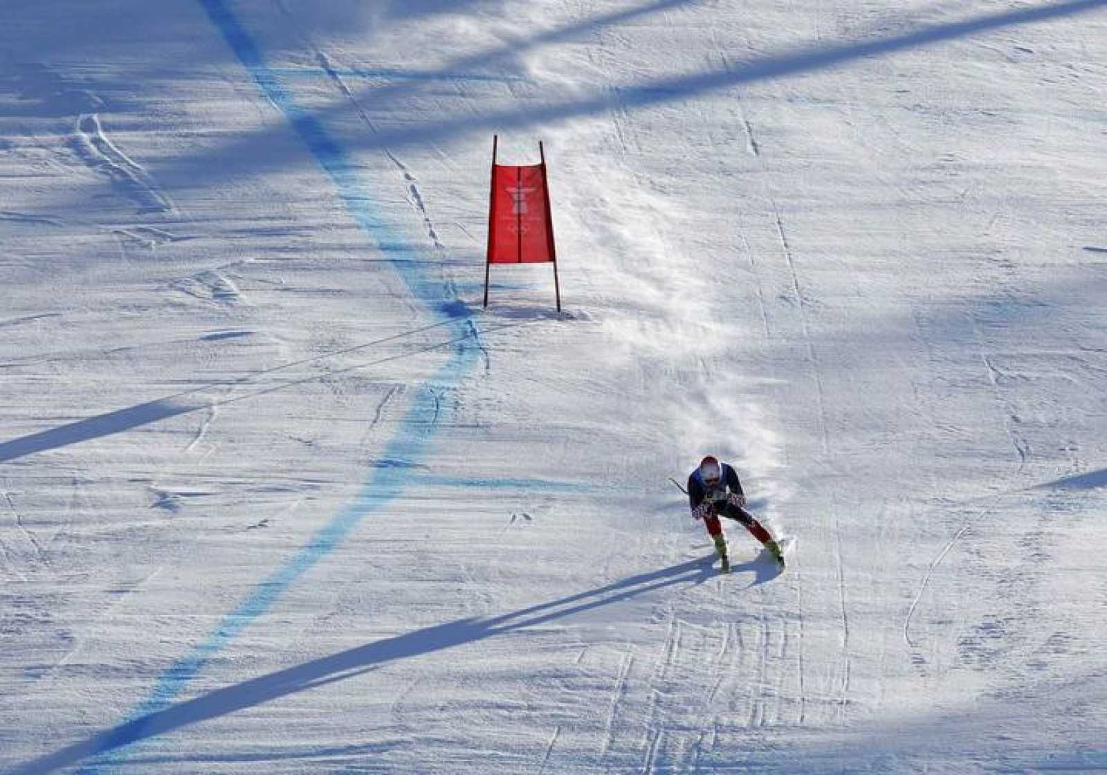 Croatia's Kostelic speeds down the course during the Downhill run of the men's Alpine Skiing Super Combined event at the Vancouver 2010 Winter Olympics in Whistler