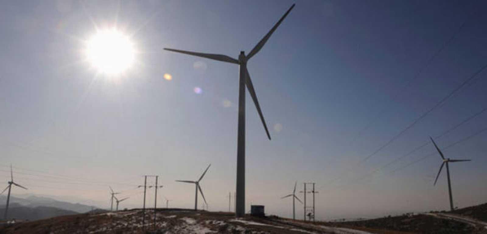 La energía eólica ya es la primera fuente de electricidad en 2013