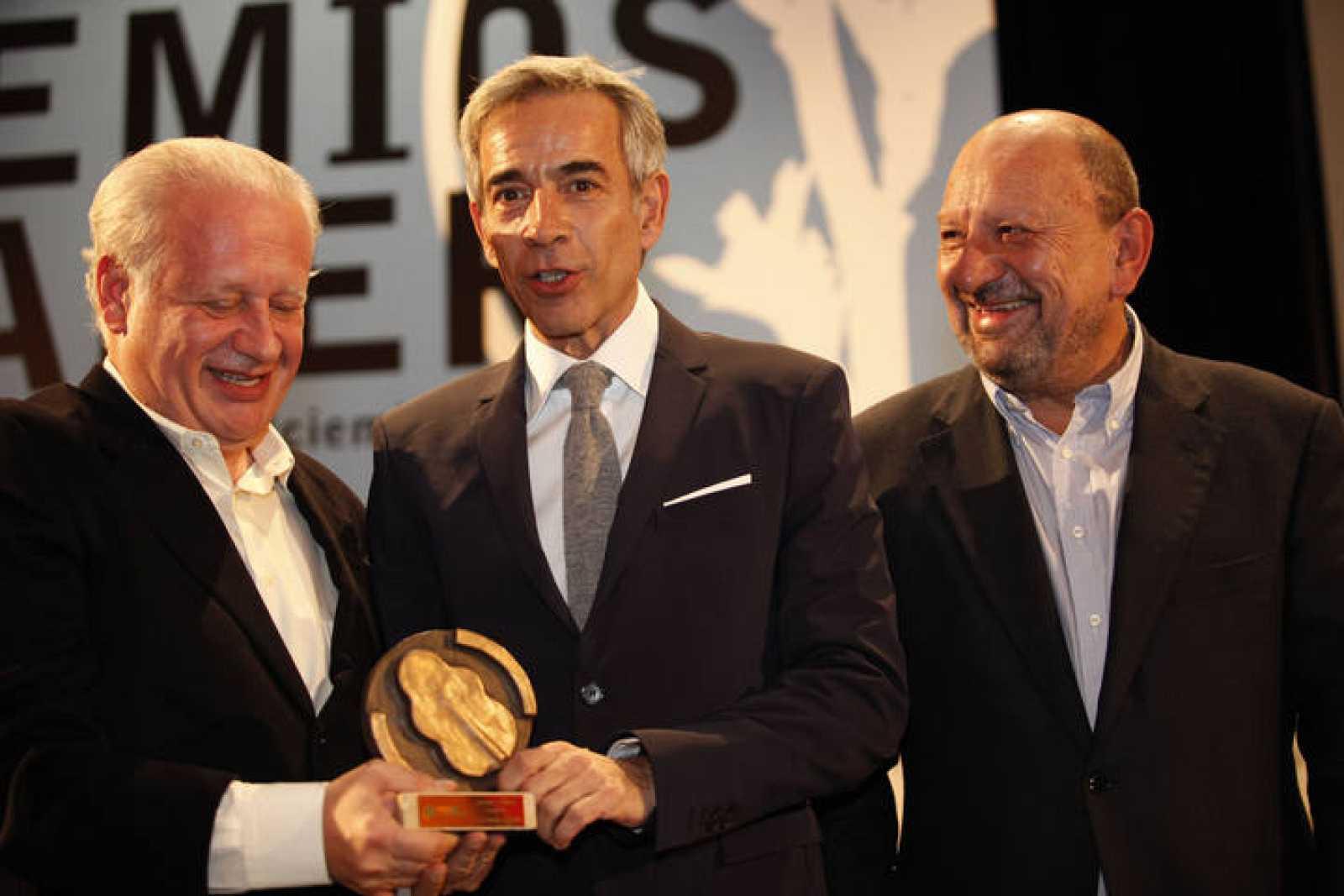Juan e Imanol recogen el premio LAUDER