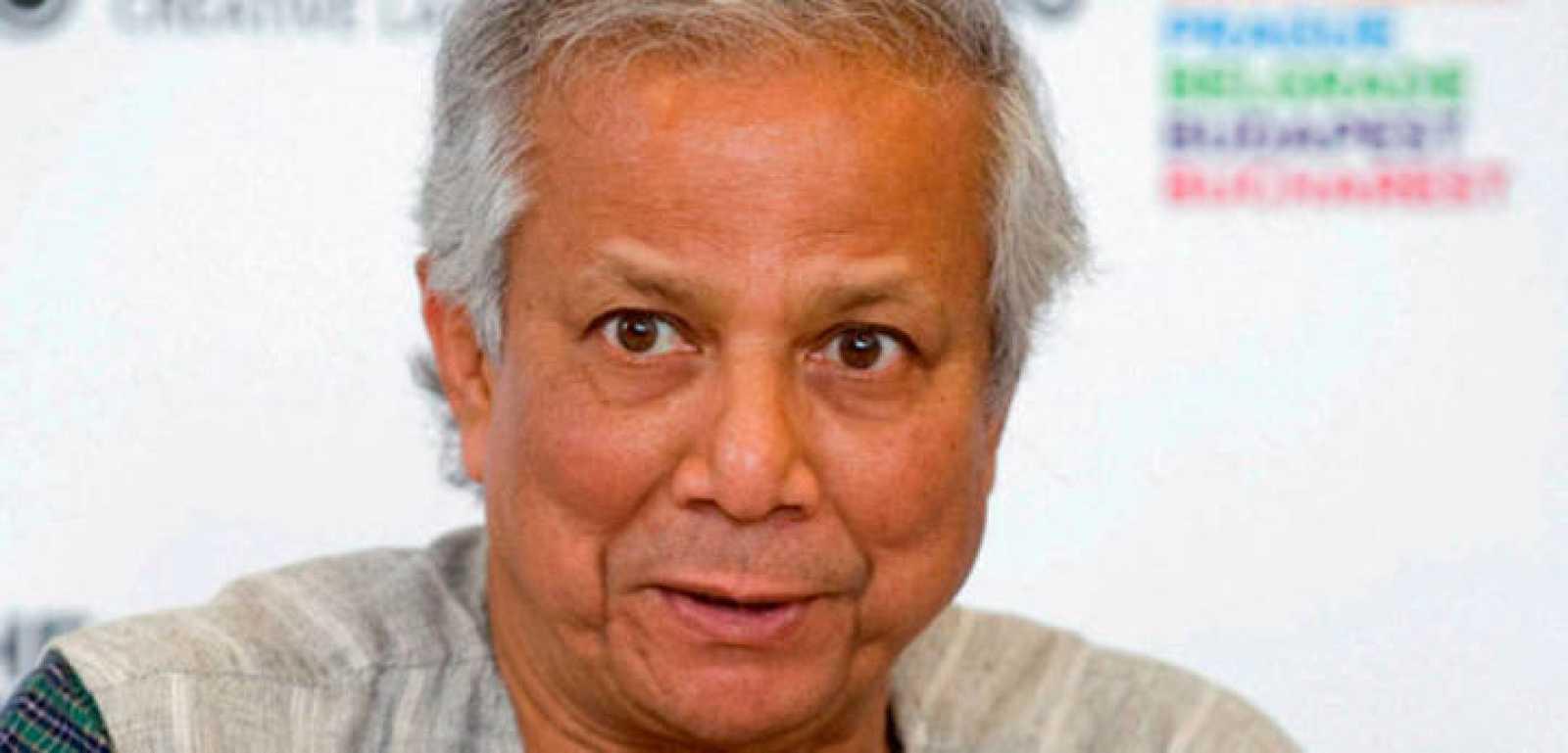 El Premio Nobel Mohamed Yunus, padre de los microcréditos, en una conferencia ofrecida en Budapest (Hungría) en 2010