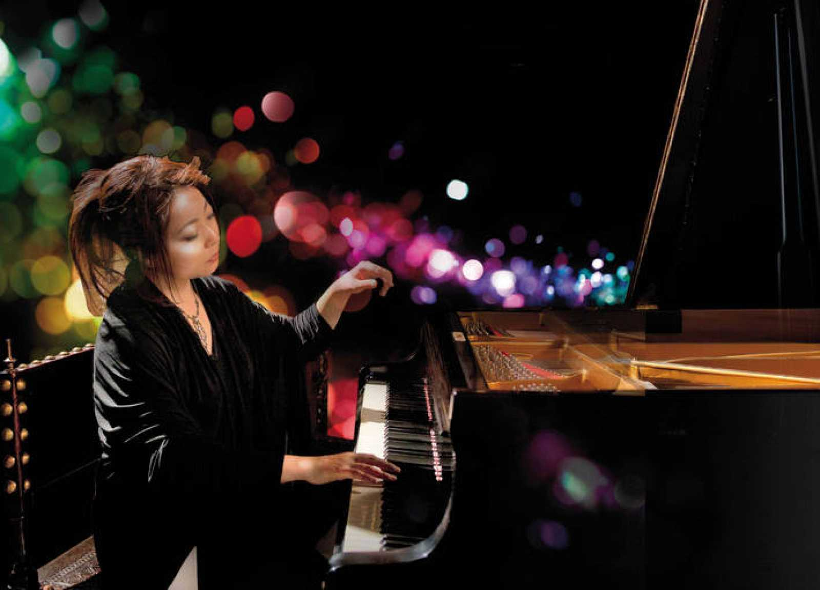 La pianista japonesa Mine Kawakami en concierto