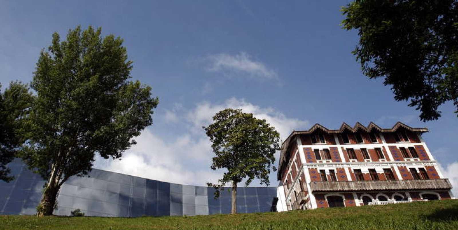 PRESENTACIÓN DEL MUSEO BALENCIAGA DE GETARIA, QUE INAUGURARÁ LA REINA EN UNA SEMANA