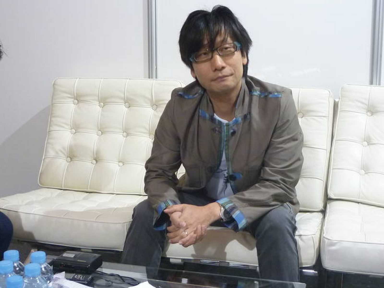 Hideo Kojima durante el encuentro que ha mantenido con periodistas en Gamelab 2011