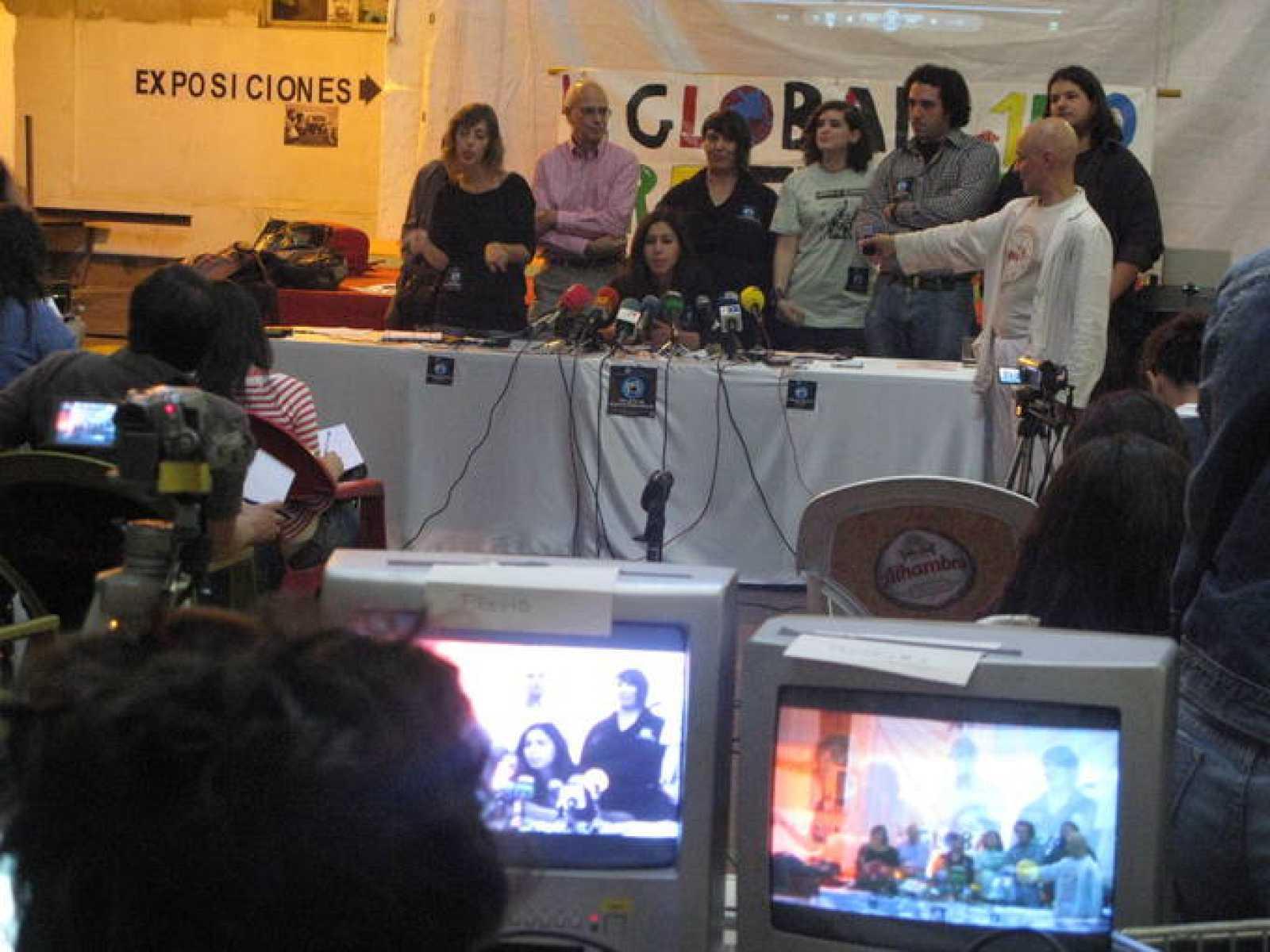 Rueda de prensa de portavoces del 15m para presentar la convocatoria del 15-O