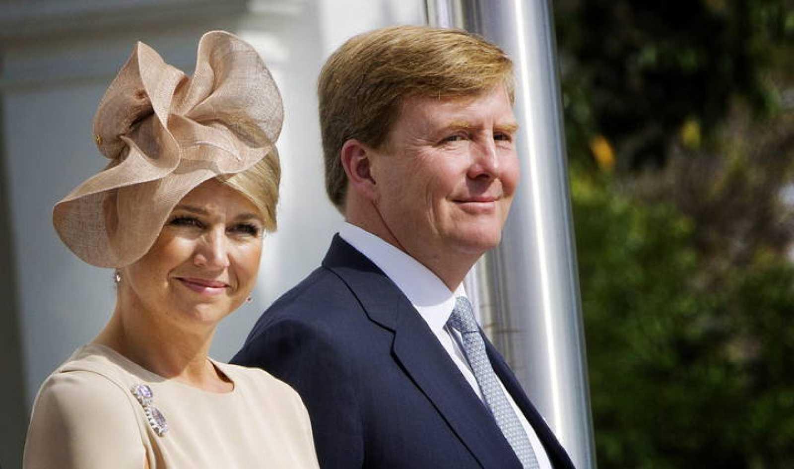 El príncipe Guillermo de Holanda y su mujer, la princesa Máxima