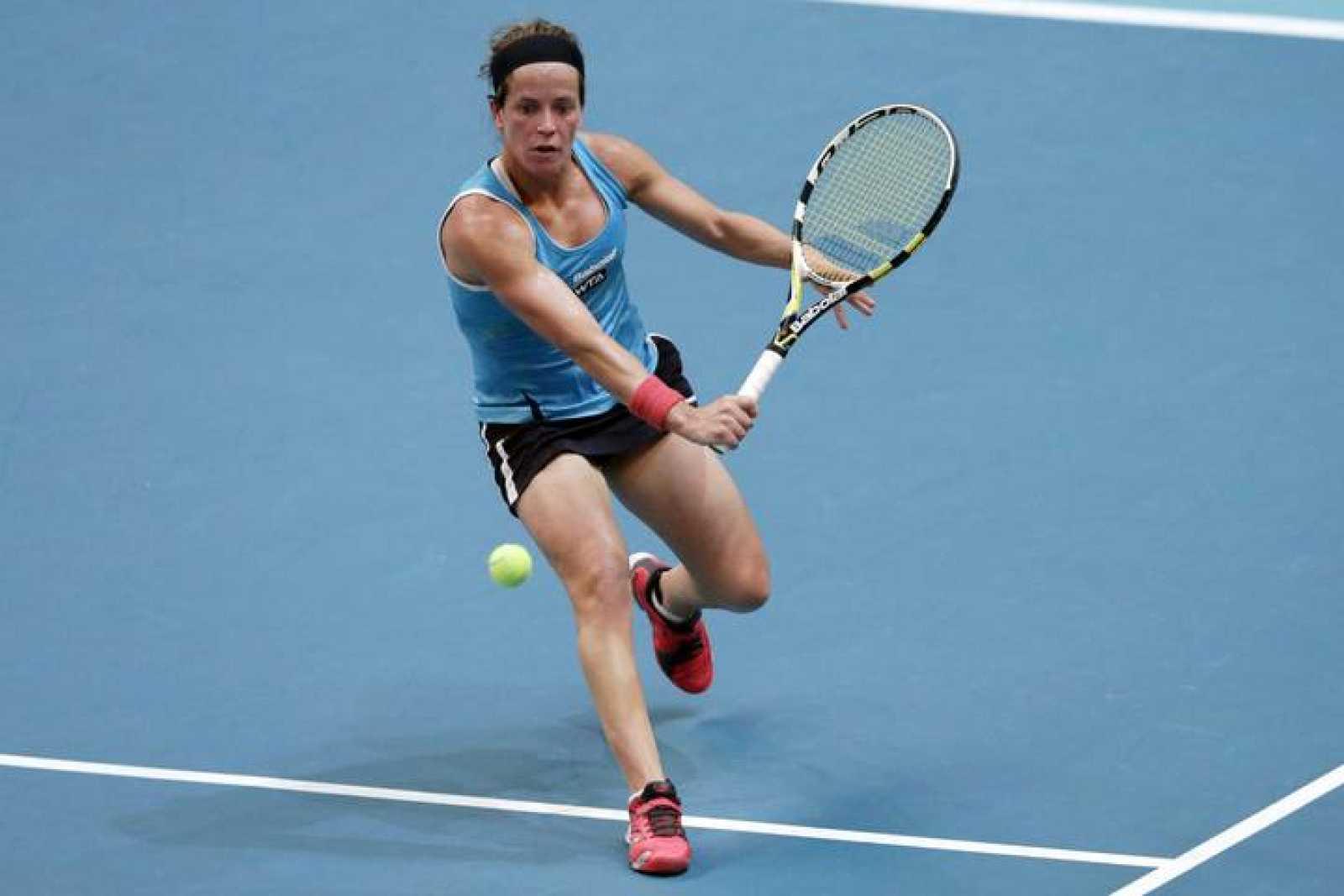 La española Lourdes Domínguez, en el partido del Abierto de París contra Lucie Safarova