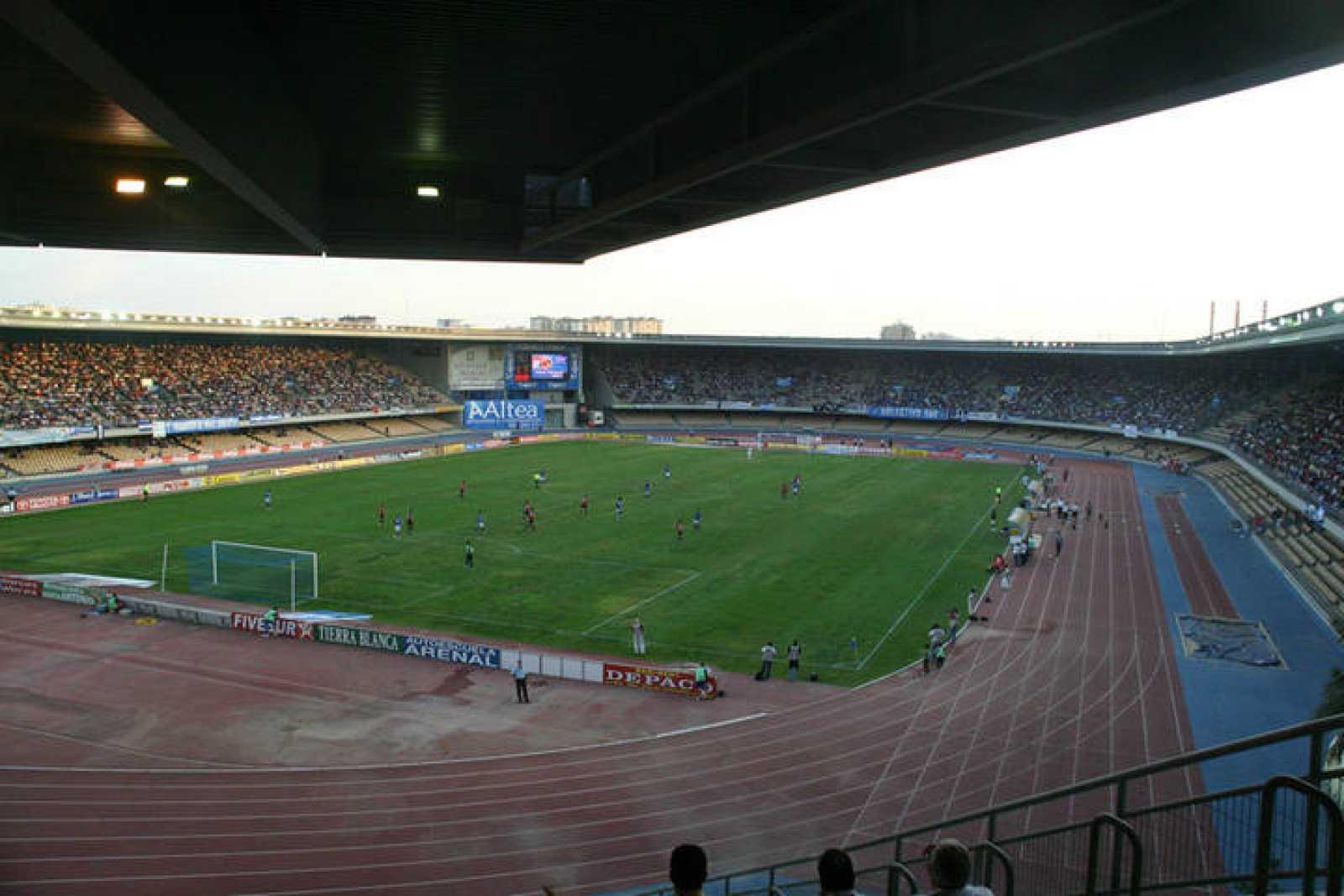 Vista general del Estadio Municipal Chapín donde juega el Xerez CD