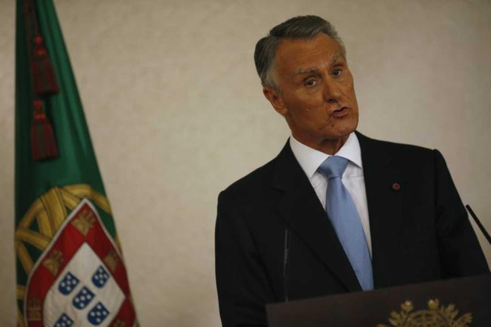 El presidente de Portugal, Anibal Cavaco Silva, hace un llamamiento de consenso a los partidos.