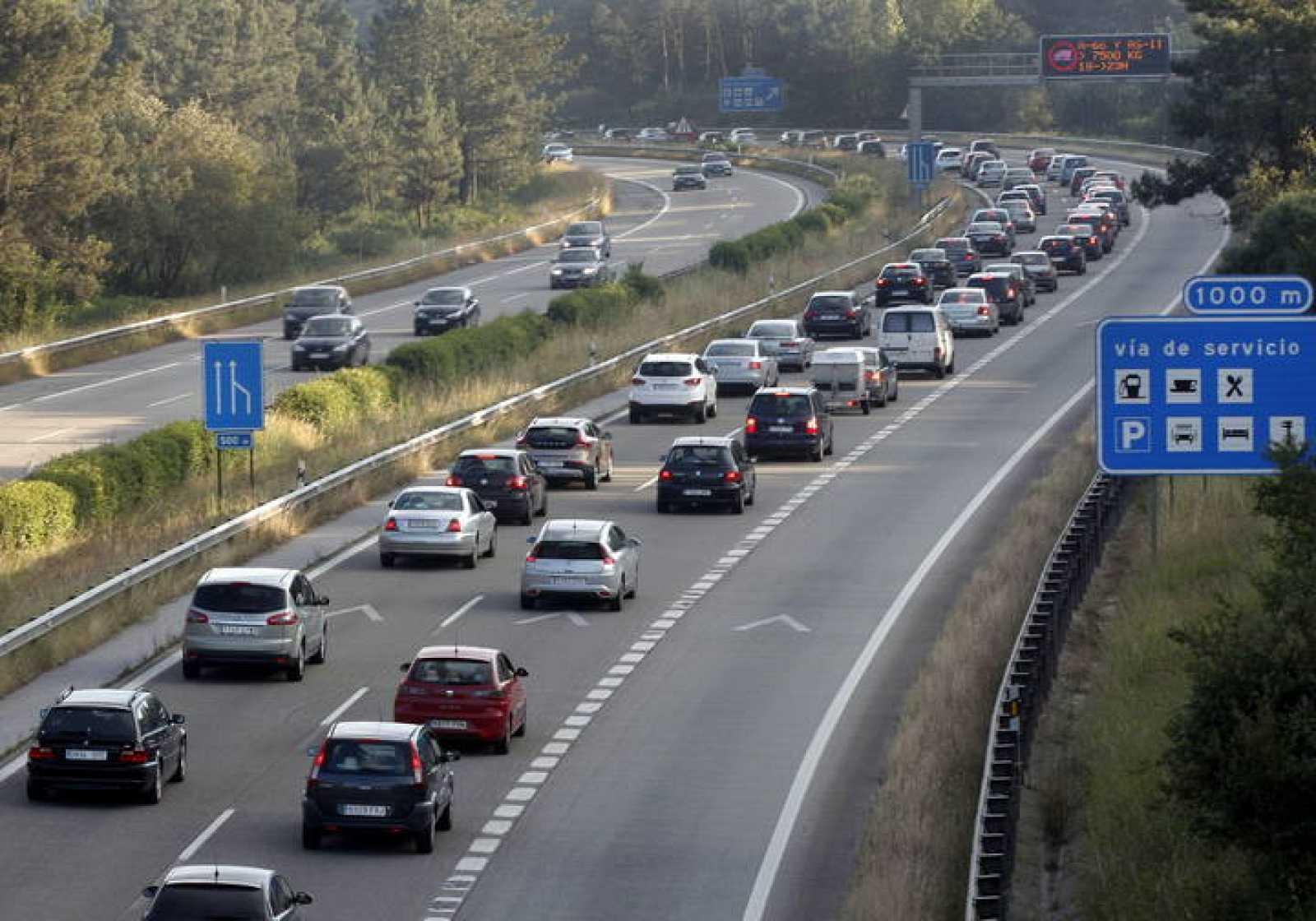 La autopista A-8 a la entrada de Oviedo