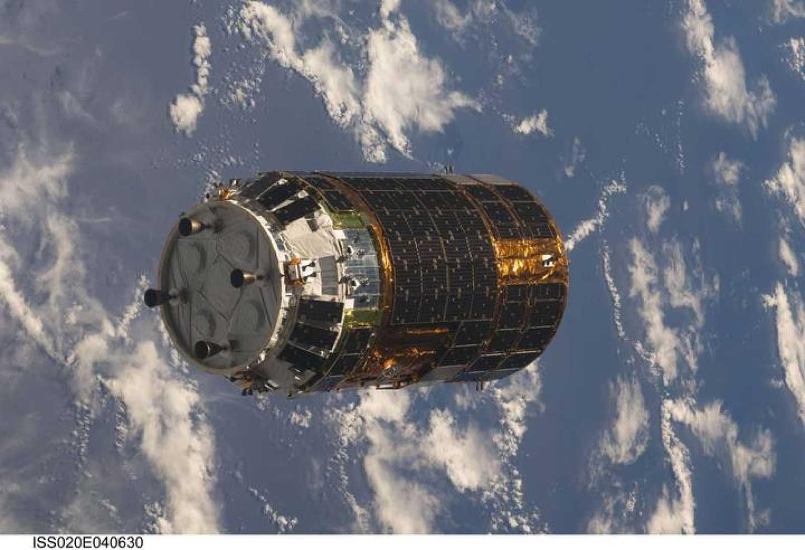 El primer H-II aproximándose a la Estación Espacial Internacional