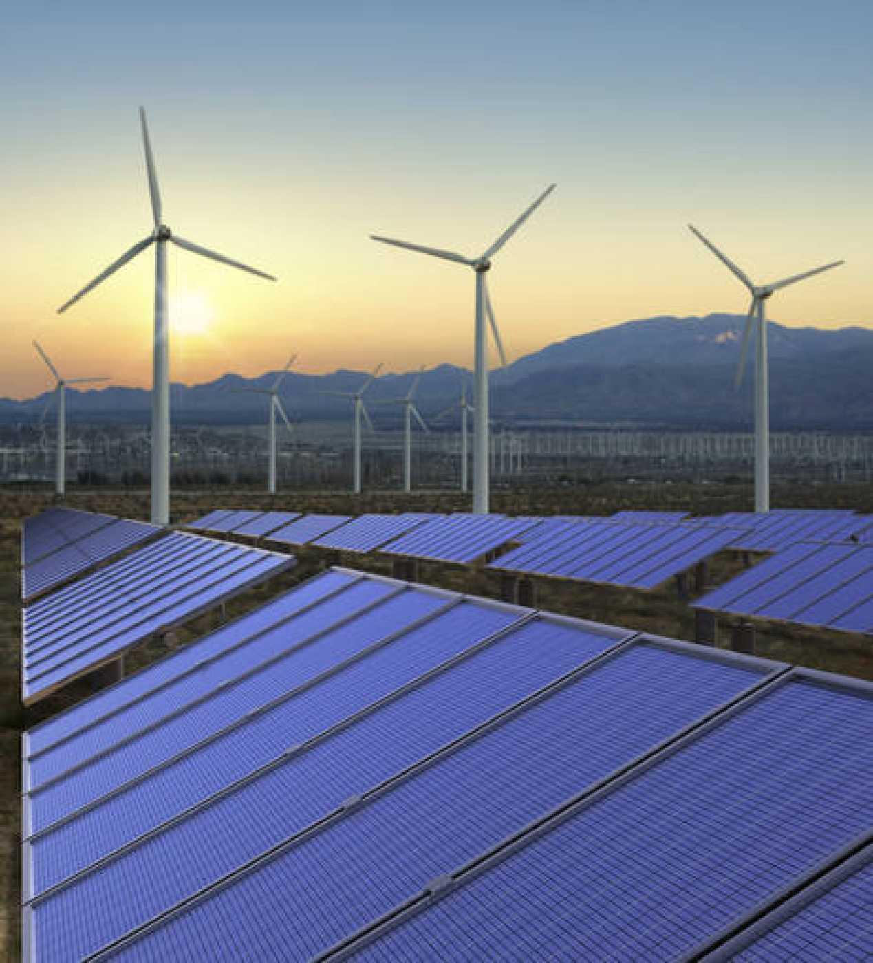 Imágenes de paneles solares y molinos de viento