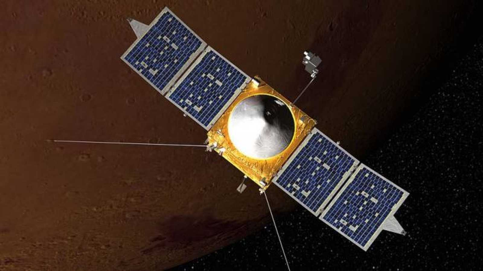 Impresión artística de la sonda MAVEN en órbita alrededor de Marte