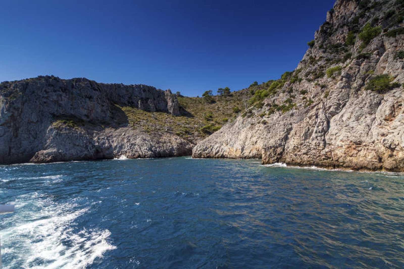 Imagen de la Bahía de Alcudia, al norte de la isla de Mallorca, una de las nuevas 39 zonas marinas protegidas.