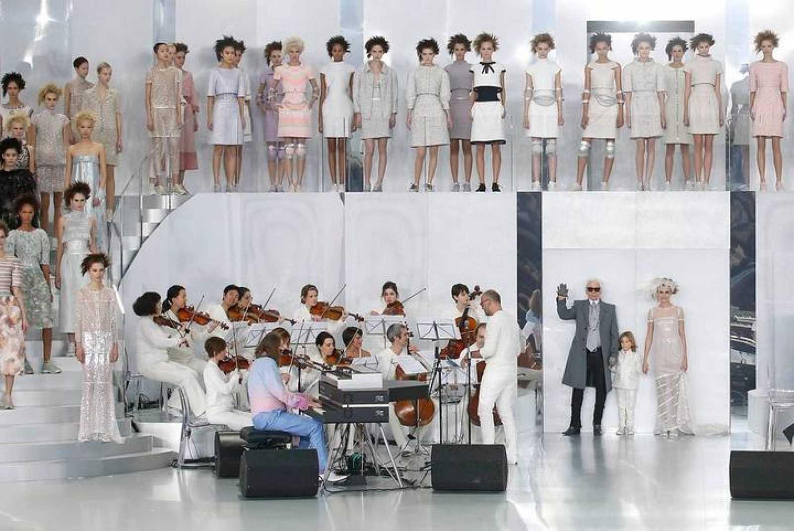 Chanel rejuvenece la alta costura - RTVE.es