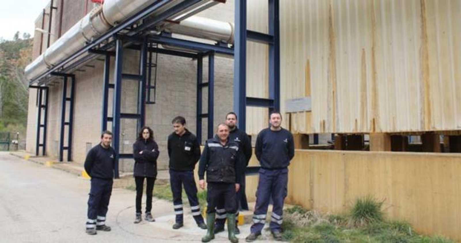 Trabajadores de la planta de cogeneración de la localidad turolense de Aliaga