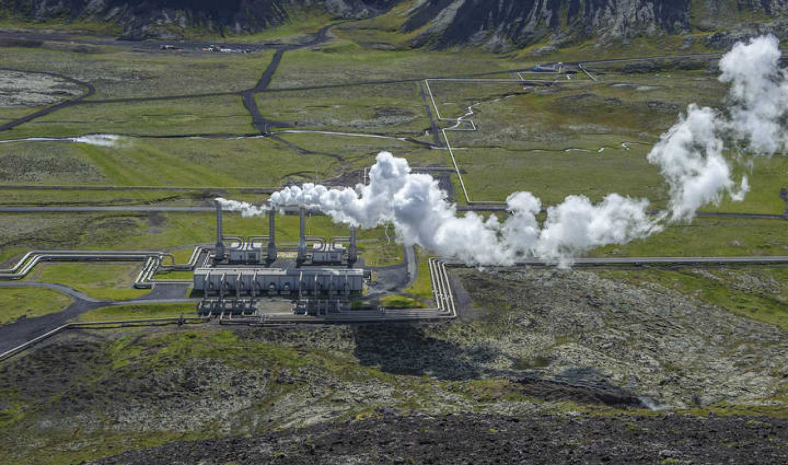 Central de energía geotérmica de Nesjavellir, en Islandia.