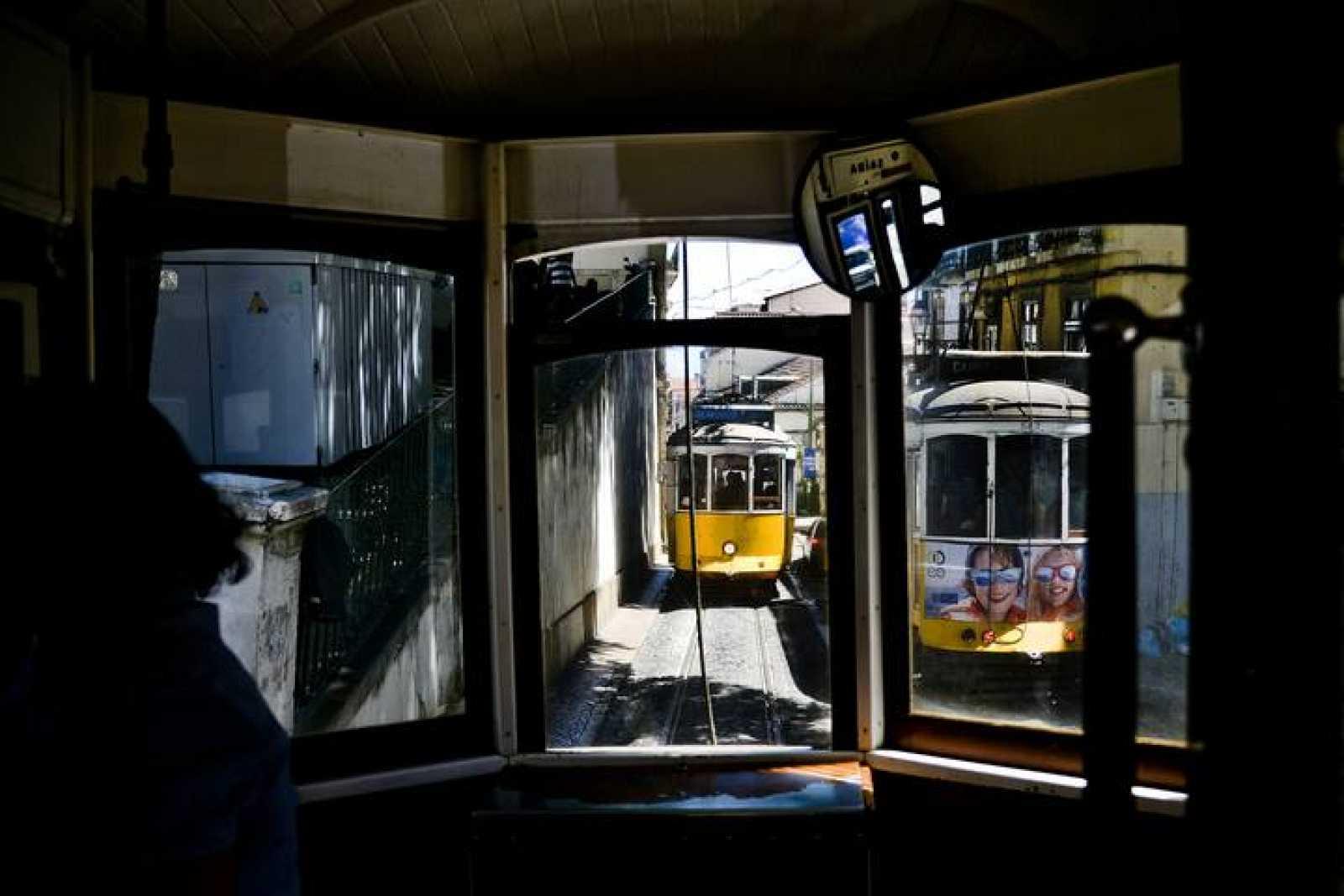 El tranvía es uno de los transportes más populares en  Portugal