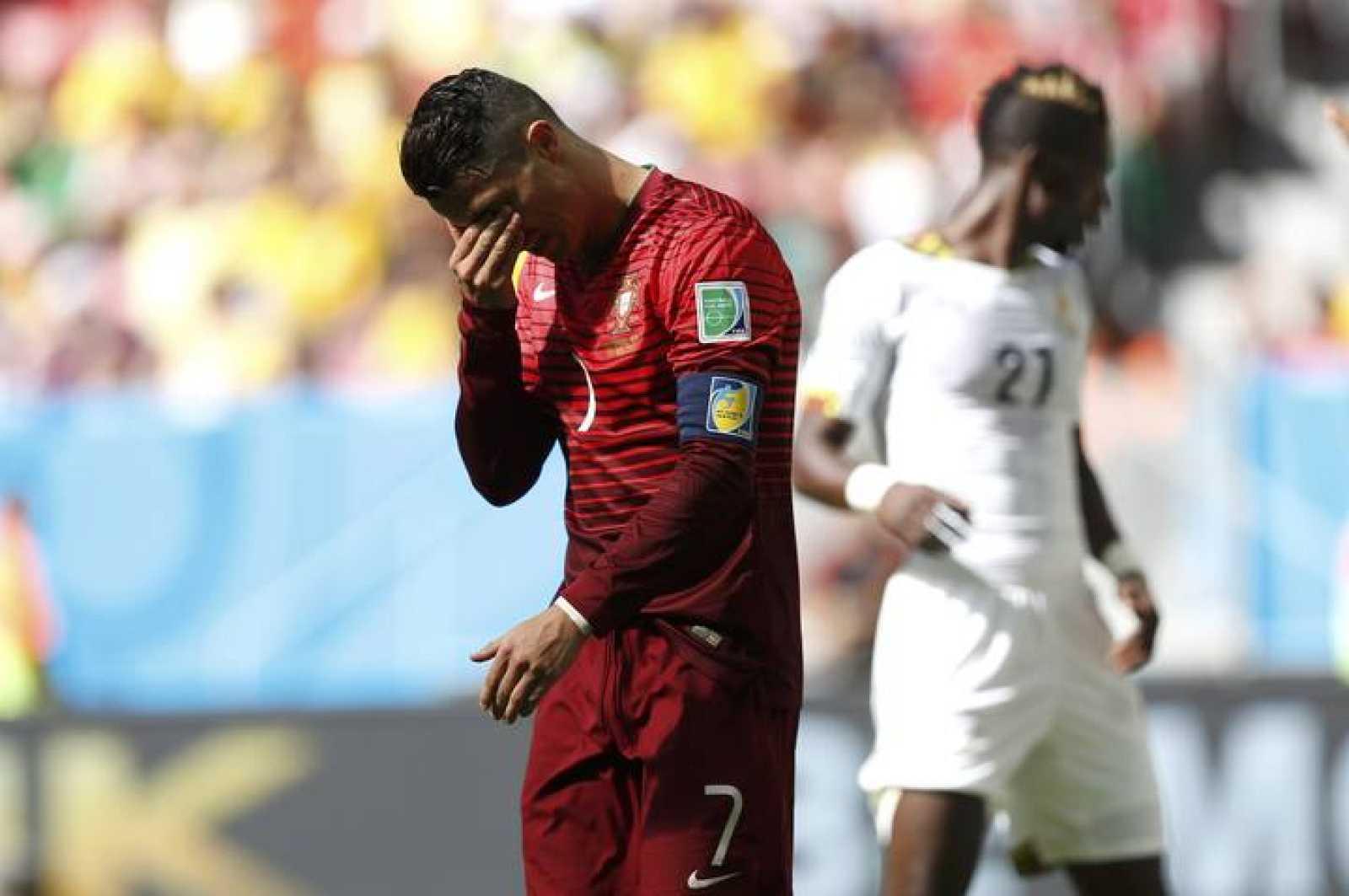 Cristiano Ronaldo lamenta la eliminación de Portugal del Mundial.