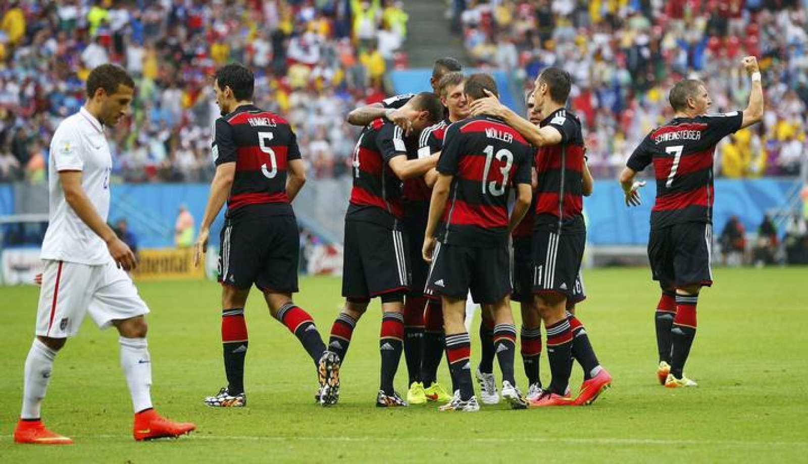 El alemán Thomas Müller celebra el gol de la victoria.