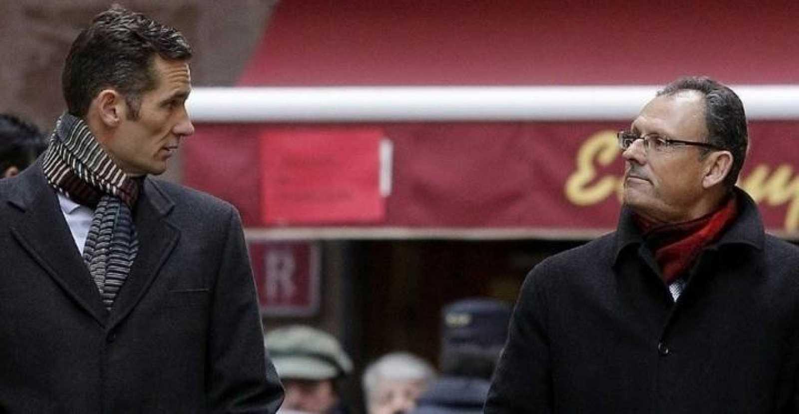 Foto de archivo de Iñaki Urdangarin y su abogado, Pascual Vives.