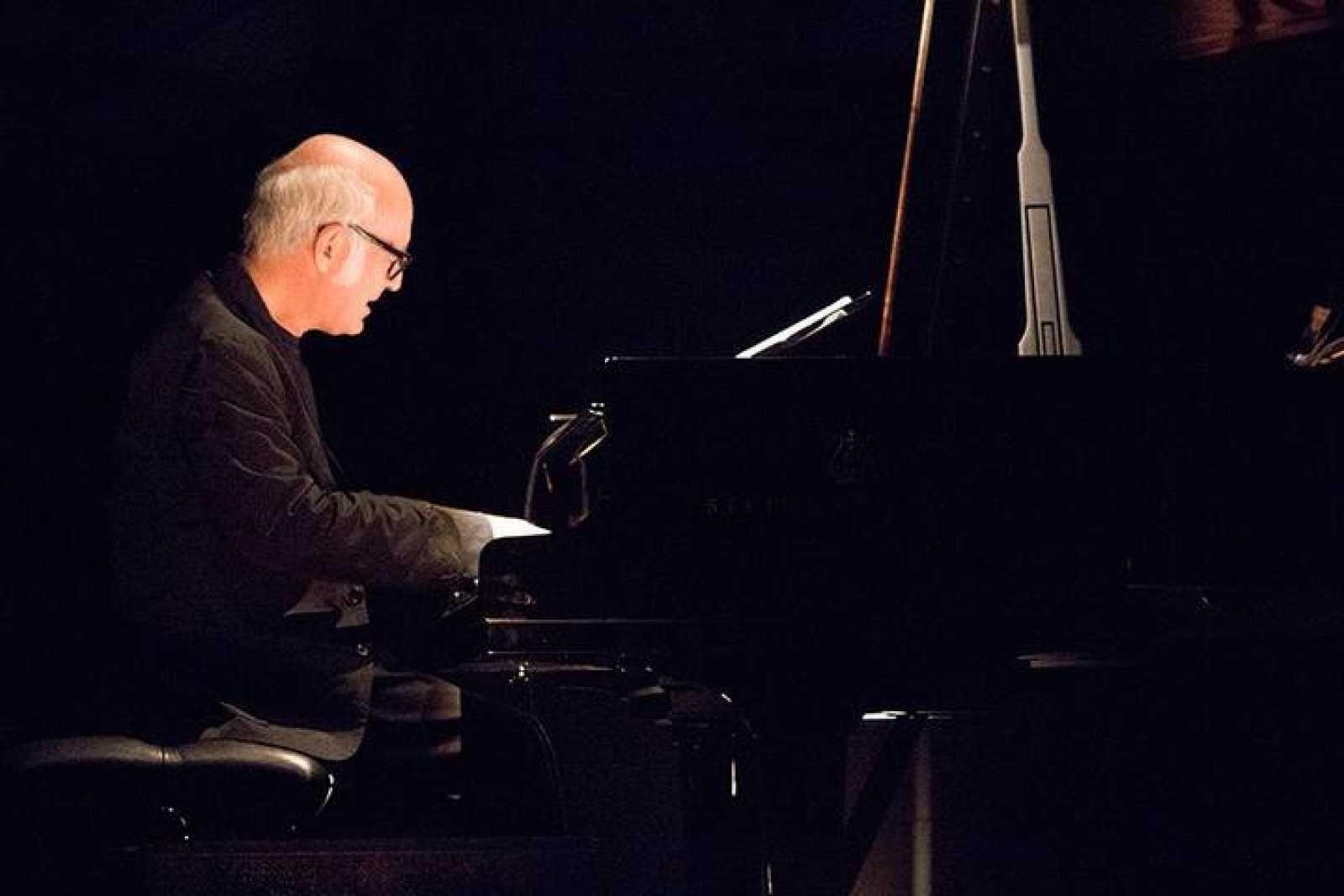 El pianista Ludovico Einaudi, durante su actuación en el Circo Price de Madrid