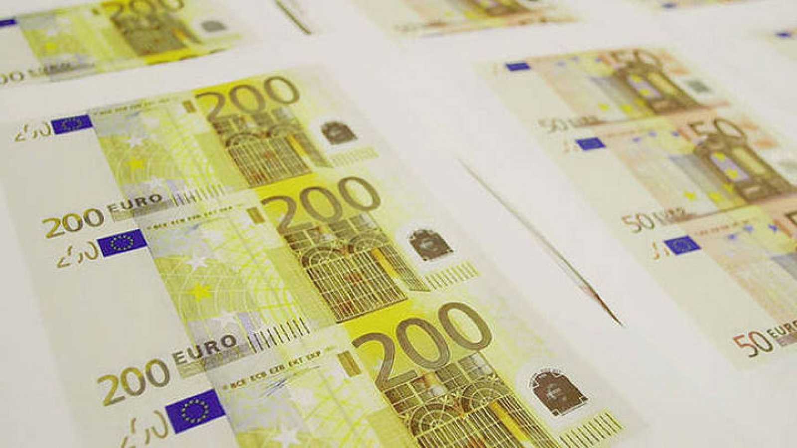Billetes de 200 y 500 euros