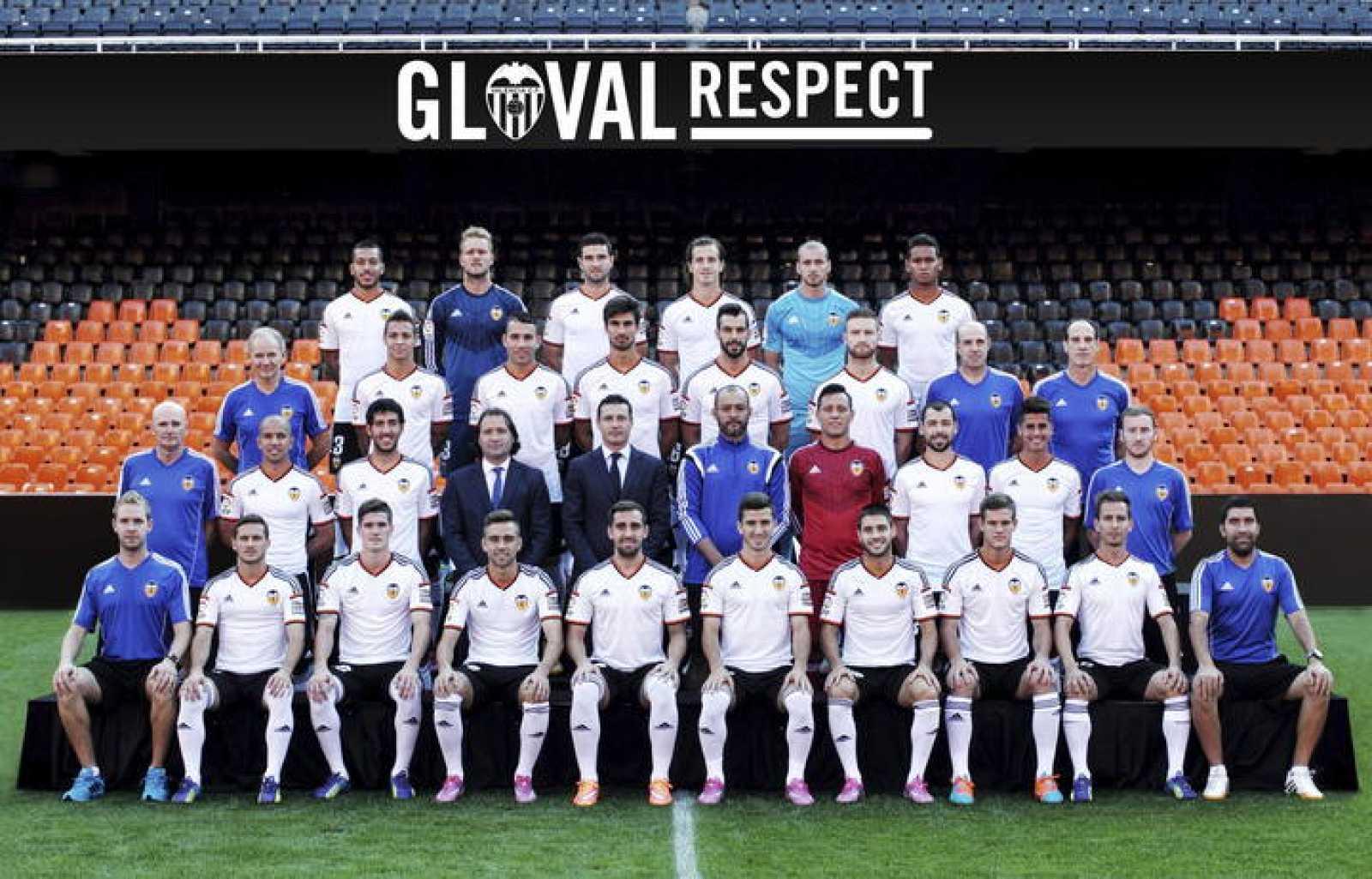 Foto oficial de la plantilla del Valencia Club de Fútbol para la temporada  2014 2015 e7d203754