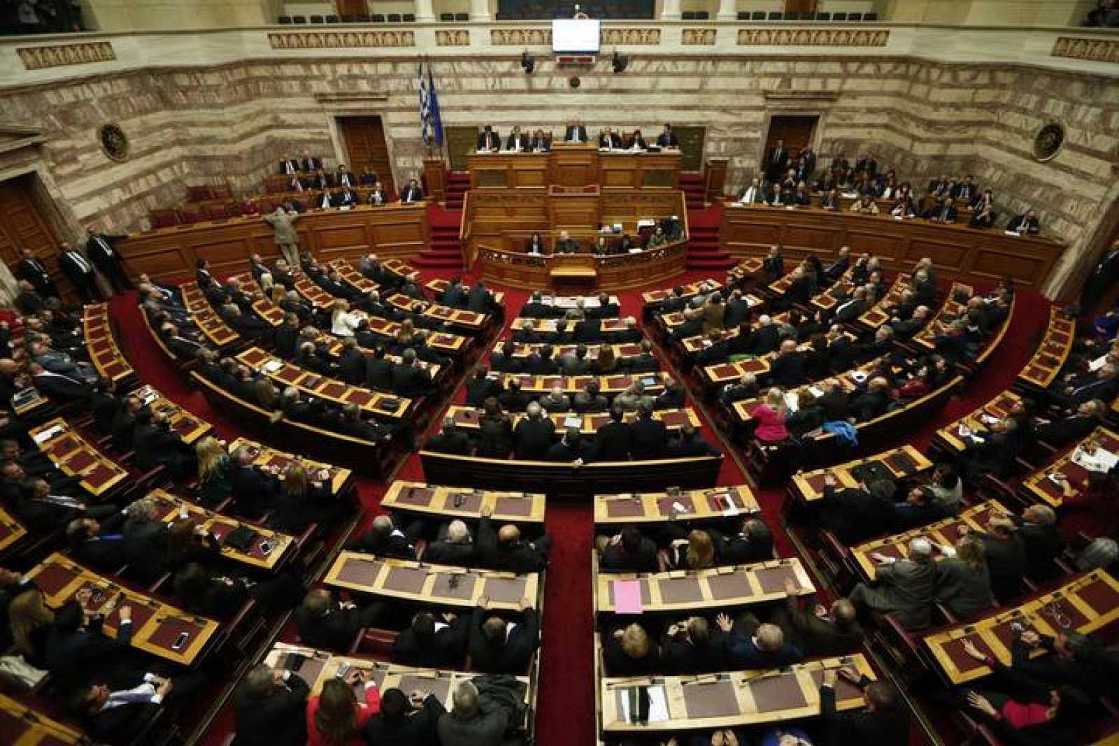 Vista general del hemiciclo durante las votaciones para elegir al presidente griego en el Parlamento en Atenas