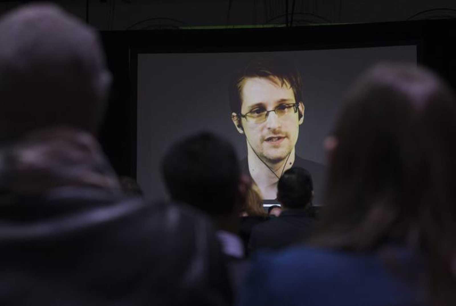 Edward Snowden residen en Rusia desde 2013, tras filtrar el espionaje masivo de EE.UU. a sus ciudadanos.