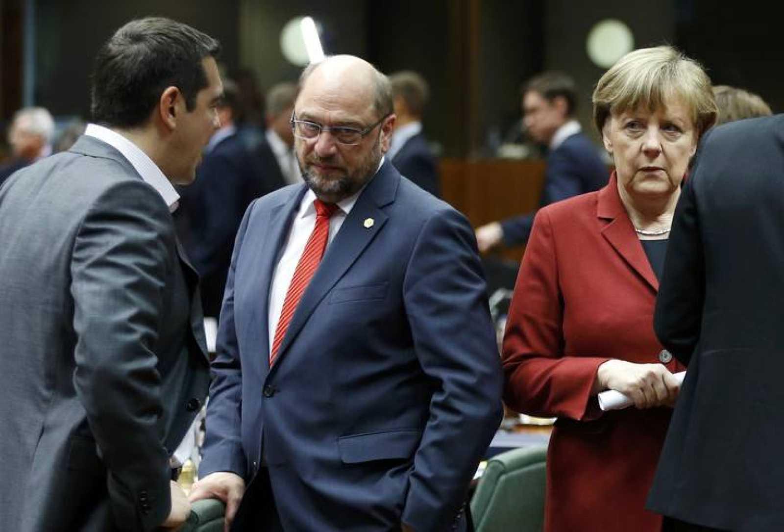 """Merkel advierte a su llegada a la cumbre que """"no deben esperar una solución"""""""
